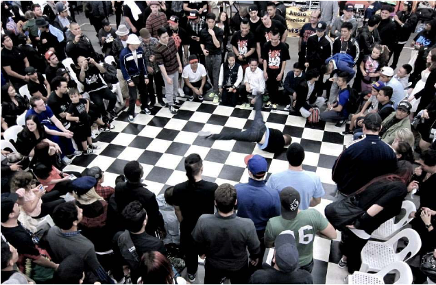 Bboys throwing down to show their respect. Photo by: Studio De La Jojo